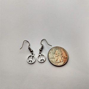 Jewelry - 5/$20 Cute peace signs love symbol happy earrings